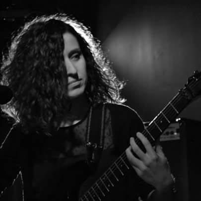 Paula González (Guitarra)
